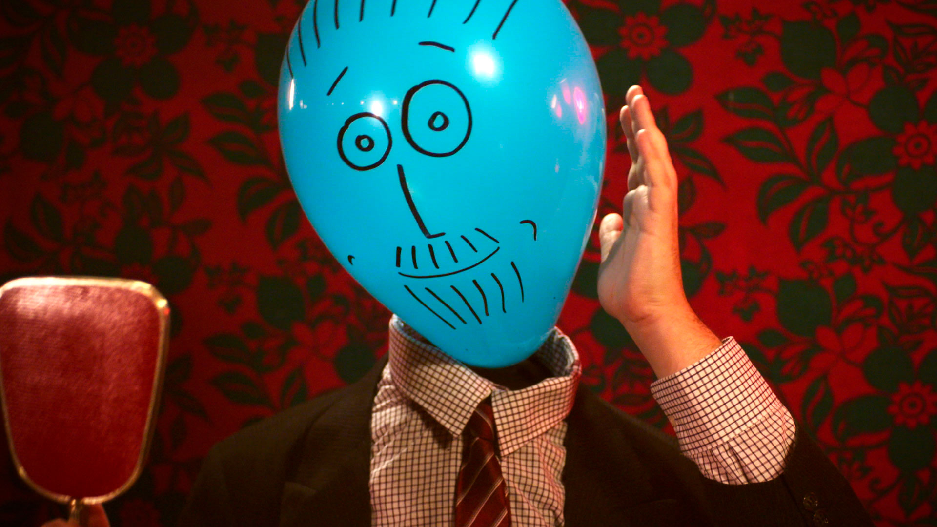 Balloon-Dating_Cyrille-Drevon_Maskarade-Productions_Web_02