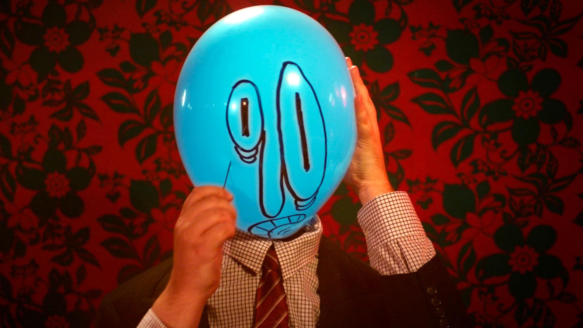 Balloon-Dating_Cyrille-Drevon_Maskarade-Productions_Web_04